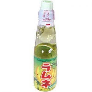 日本HATA 香蕉味汽水饮料 200ML