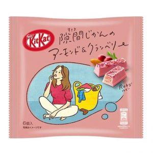 日本NESTLE雀巢 KITKAT杏仁蔓越莓味红宝石巧克力夹心威化饼干 6枚 37G