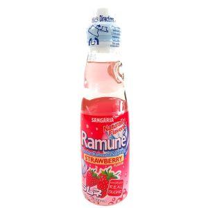 日本SANGARIA 草莓味碳酸饮料 200ML